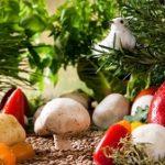 Ce legume sunt TOXICE dacă sunt mâncate CRUDE