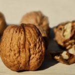 5 motive pentru care să introduci nucile în alimentația ta!