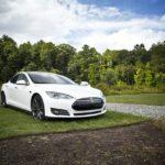 Tesla efectuează modificări tehnice importante la mașinile sale