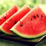 Tu știai că pepenele roșu te protejează de cancer? Nu!